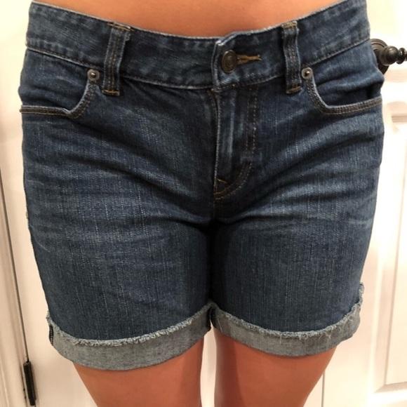 LOFT Pants - Loft cutoffs